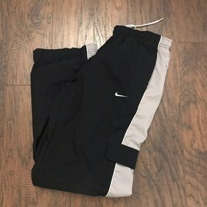 Nike Boys Black White Jogger Pants 14 Large